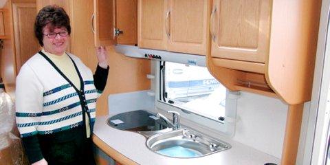 Leder i Norsk Caravan Club avdeling Lillehammer, Marit Slåen, ønsker at det skal bli lettere for studenter å bo i campingvogn.