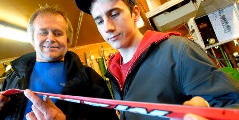 I mange år skaffet Jo Holum (t.v.) hemmelige superski til Bjørn Dæhlie. Nå fortsetter han utviklingsarbeidet sammen med sin nye medarbeider Øystein Groven, Dovre.