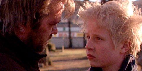 Odin Waage spillefilmdebuterer i rollen som Pål. Han er begavet.