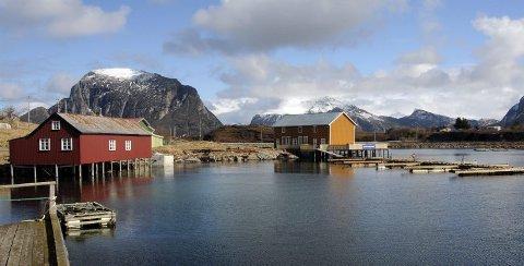 Fiskeværet Støtt ligger en time og 15 minutters båttur sørvest for Bodø.