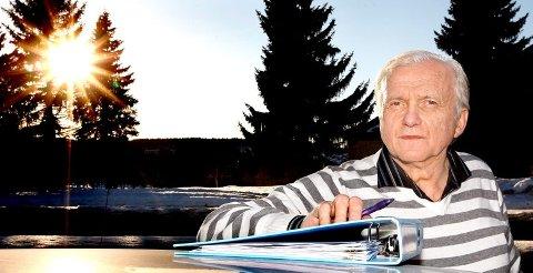 - UVERDIG: - Å rive en 91-åring ut av hjemmet sitt, er uverdig eldreomsorg, sier sønnen Gunnvald Solli, som er opprørt over at Tokke kommune ba moren om å flytte midt i en sorgprosess.