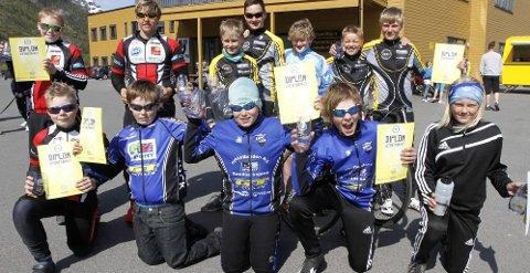 UNGDOMSRYTTERE: Endelig begynner det å bli klasser for ungdom. Ryttere fra Rana, Sandnessjøen og Mosjøen konkurrerte i Mosjøen.