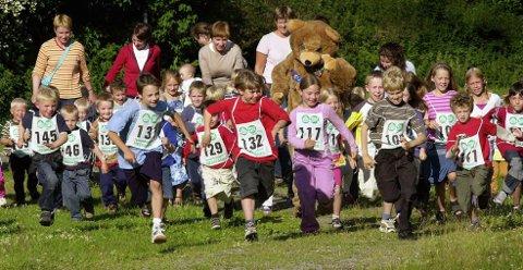 Byen vår har vært med på å arrangere løp for barn tidligere, her fra Mølleparken i Kongsvinger i 2002. Nå blir det løp for alle klasser i juni 2010.