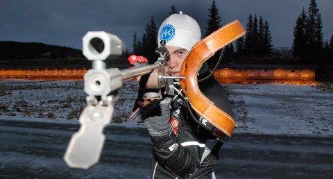 Fredrik Gjesbakk mener vinterens resultater i skiskyting viser at man gjør mye riktig.