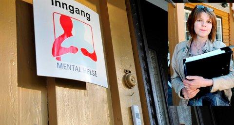 FLAGGES UT: Hovedadministrasjonen i Mental helse blir flyttet fra Frogner hovedgård i Skien til Oslo, etter et vedtak fra sentralstyret i går. Hovedtillitsvalgt Ingrid Brenne(innfelt) sier vedtaket berører rundt 20 av de 50 ansatte i Mental helse.