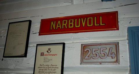 Gamle postnummer: Nå søker Tufsingdal og Narbuvoll Utvikling om at de gamle postadressene blir nye. Bildet er tatt på Engåvoll på Narbuvoll, som var postkontor fra  26. januar 1884 og nedlagt i 1979, etter 95 års drift.