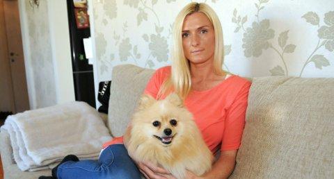 ERSTATNING: Elisabeth Myhra fikk tilbake penger etter å ha kjøpt Nala, som forbrukertvistutvalget mener avviker fra normalen for en Pomeranian.