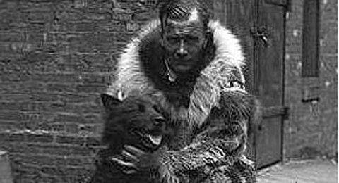 AMERIKANSKE HELTER: Gunnar Kaasen fra Burfjord i Kvænangen og hunden Balto.