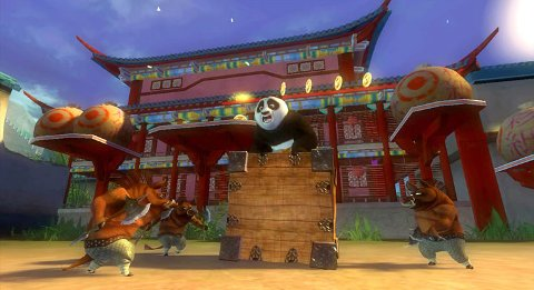 FARGERIKT: Kung Fu Panda imponerer med flotte animasjonar og artige karakterar.
