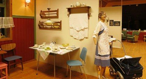 DEN GONG?DÅ: Utstillinga i ungdomshuset Solvang viser ein typisk heim frå 1950- og 1960-talet.