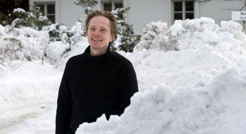 Erik Kolstad og andre forskere ved Bjerknessenteret spår mildere vintre.