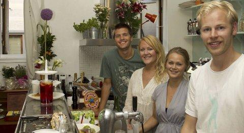 Thomas Cook, Siv Dyb Wangsmo, Åshild Kyte og Espen Vaular har åpnet café på Møhlenpris.