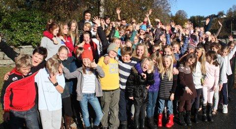 God stemning blant barna på Tweensingsamlingen.