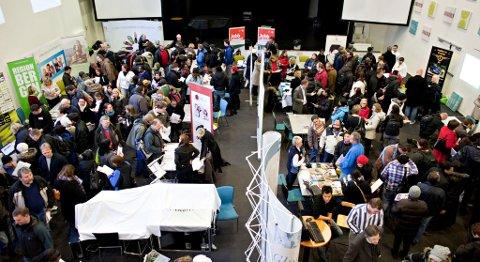 1500 mennesker møtte i Salem konferansesenter da NAV avholdt jobbmesse.
