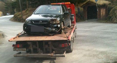 Bilen som kvinnen satt i, rullet ned en skråning.