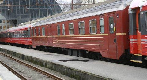 Det blir ingen togtrafikk på Bergensbanen før tidligst søndag morgen.