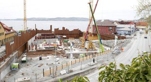 Utbyggingen på Slaktehustomten er i full gang, og kommer til å forringe utsikten for noen av beboerne i Sandviksveien.