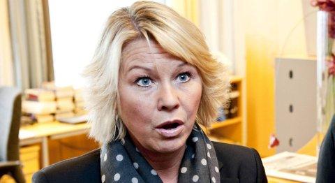 Byrådsleder Monica Mæland ser ikke med blide øyne på brevet fra DSB.