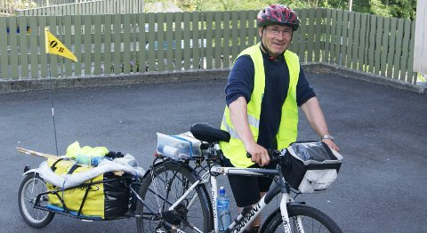 Her er syklisten endelig framme i Bergen, etter tretten dager på sykkelsetet.