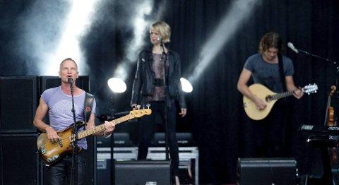 Sting koser seg på scenen i Bergen.