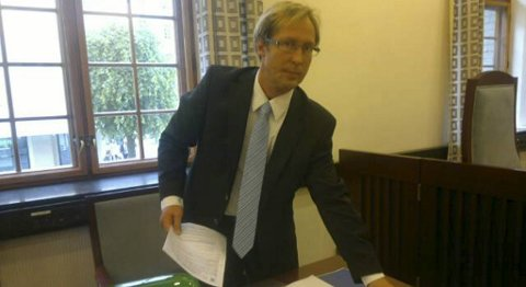 Politiadvokat Rudolf Christoffersen ba om varetektsfengsling i fire uker for de rumenske foreldrene.