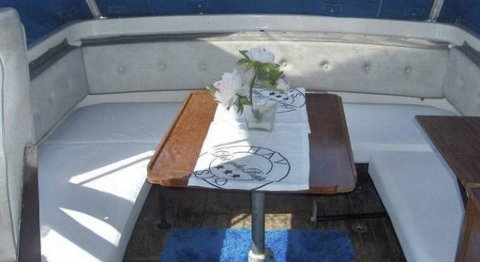 Denne båten leier Juan Carlos ut.