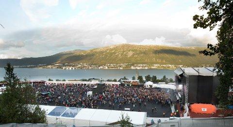 FORNØYD: Festivalsjef Hogne Rundberg er godt fornøyd med at 8000 mennesker kom på Valhall i kveld. Tallet er Døgnvills eget.