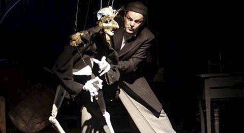 Prisvinnende, tyske «Salto Lamento» vises i dag og i morgen i Teaterkjelleren på DNS. FOTO: Vestlandske Teatersenter.