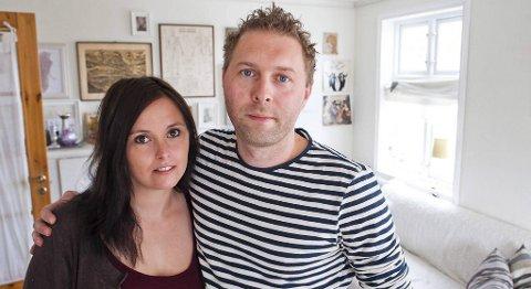 jannicke Larsen og Asgeir Svardal har planlagt bryllupet sitt i to år. Nå er planene helt i det blå etter brannen torsdag kveld.
