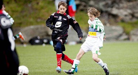 FOR DE MINSTE: IL Løv-Ham setter fotball på programmet igjen. Klubben skal være et alternativ i Fyllingsdalen for de minste. Her er Mads Haugstvedt i aksjon for Løv-Ham i 2011.