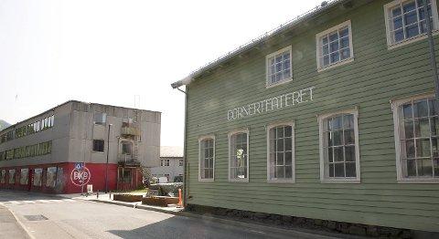Gangavstanden er kort fra Cornerteateret til Bergen Kafé og Kaffebrenneri på Møhlenpris.