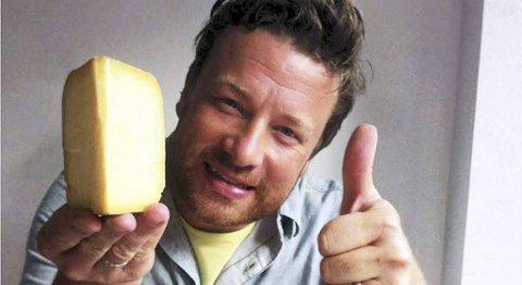 Kjendiskokk Jamie Oliver setter tydlig pris på osten fra Samnanger.