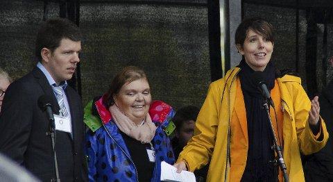 Jørgen og Monica skal være reportere for den nye kanalen. Camilla Kvalheim (i gul jakke) skal være redaksjonssjef i den nye kanalen.