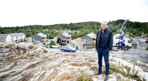Nils MArton Aadland på en byggeplass der Walde-gruppen bygget boliger på Mjåtveitmarka.