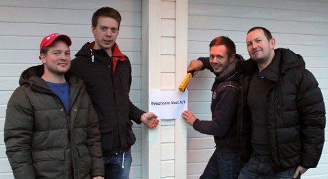 Fra venstre: Daniel Reknes, Tonny Andre Dale, Inge Eikanger og Morten Svanevik starter for seg selv få dager etter at de mistet jobbet grunnet konkursen i Walde.