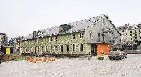 Cornerteateret er omtrent fullbooket ut året med teater, dans og musikk.