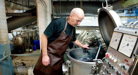 Fargerimester Anton Stephansen er oldebarnet til grunnleggeren av Janusfabrikken, Anton Stephan Stephansen.