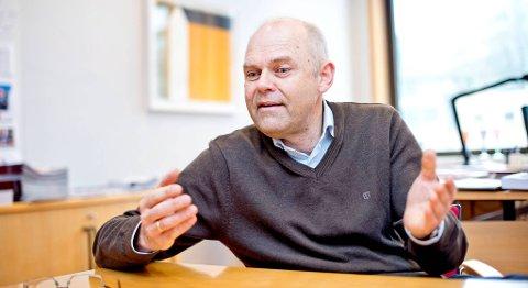 Rektor ved Høgskolen i Bergen, Ole-Gunnar Søgnen, betalte i fjor ingeniørlærere omlag fem millioner i overtidsbetaling da skolen har prekær mangel på fagfolk.