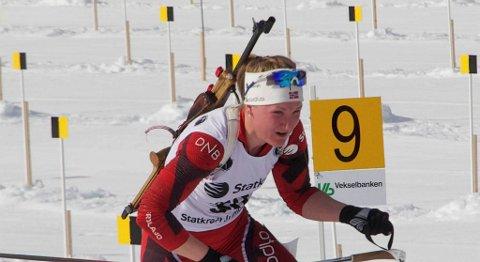 Marte Olsbu fra Froland IL var helt suveren under kvinnenes 15 kilometer.