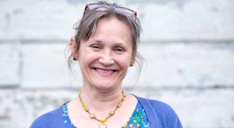 Greta Gramstad har vært daglig leder for Kirkens SOS i 30 år nå i mai. 59-åringen fra Sandnes stortrives i jobben.