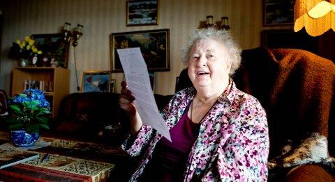 Ingrid Arnesen synes brevet fra Ivan Kominek var vittig. Brevet er skrevet på et slags norsk. «Jeg døde uventet i en alder av 72 år i et sykehus i London der jeg gikk for en av historiske Checkups rutine,» står det blant annet.