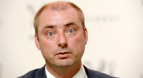 Bjørn-Tore Olsen, regiontillitsvalgt ISS-klubben Hordaland, mener det nye lovforslaget til arbeidsminister Robert Eriksson er et angrep på fagbevegelsen.