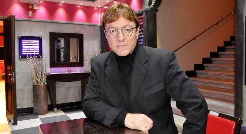 -John Lennon og The Beatles har betydd så mye for meg. Jeg tror jeg kan si det var starten på alt, erklærer Tor Endresen. Han har hatt æren av å spille på Lennons hvite flygel i Liverpool. I januar står han på scenen i forestillingen «Lennon».