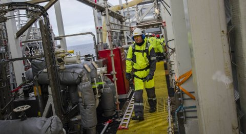 De to ukene plattformarbeiderne er ute på havet inneholder lange arbeidsdager og lite fritid.