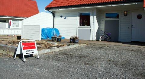 Husk at boligmarkedet tar ikke ferie, og vi skal jo alle bo et sted uansett, skriver Marianne Frønsdal.