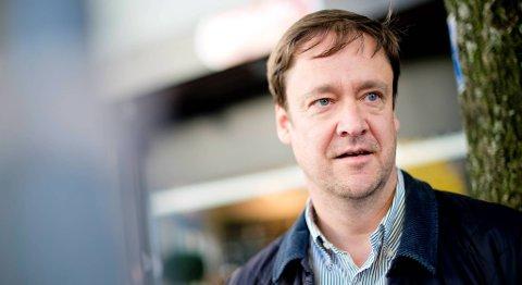 Advokat John Christian Elden mener Monika-saken bør flyttes ut av Bergen for å sikre at etterforskningen er nøytral.