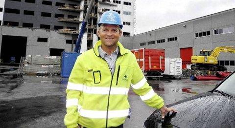 Administrerende direktør Alf G. Dahl ved Vestbase i Kristiansund sier selskapet vil rekruttere i Florø.