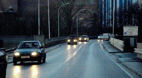 REDUSERT: Det er mindre trafikk over Sarpsbrua nå enn før utvidelsen av Sandesundsbrua. (Foto: Jarl M. Andersen)