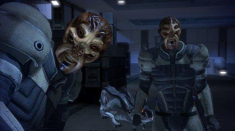 """SOM PÅ 360: Tilleggspakken """"Bring down the sky"""" som kom ut i vår til Xbox 360, er også mogleg å laste ned til PC-versjonen. Denne byr på nye skumle romvesen - og nokre timar ekstra speletid."""