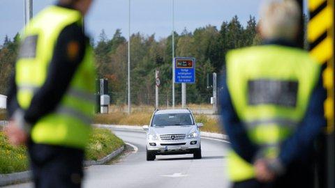 Ubetjent grenseovergang og fluktforsøk hjalp ikke de to polakkene, som begge ble avslørt av tollerne. Illustrasjonsfoto: Tom R. Andreassen
